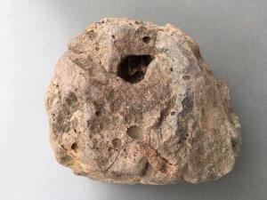 Basalttuff aus der Rhön. Foto: Ulrike Ziegler