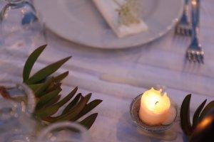 Detail der Tischdekoration auf der Festtafel. Foto: Stephan Bleek